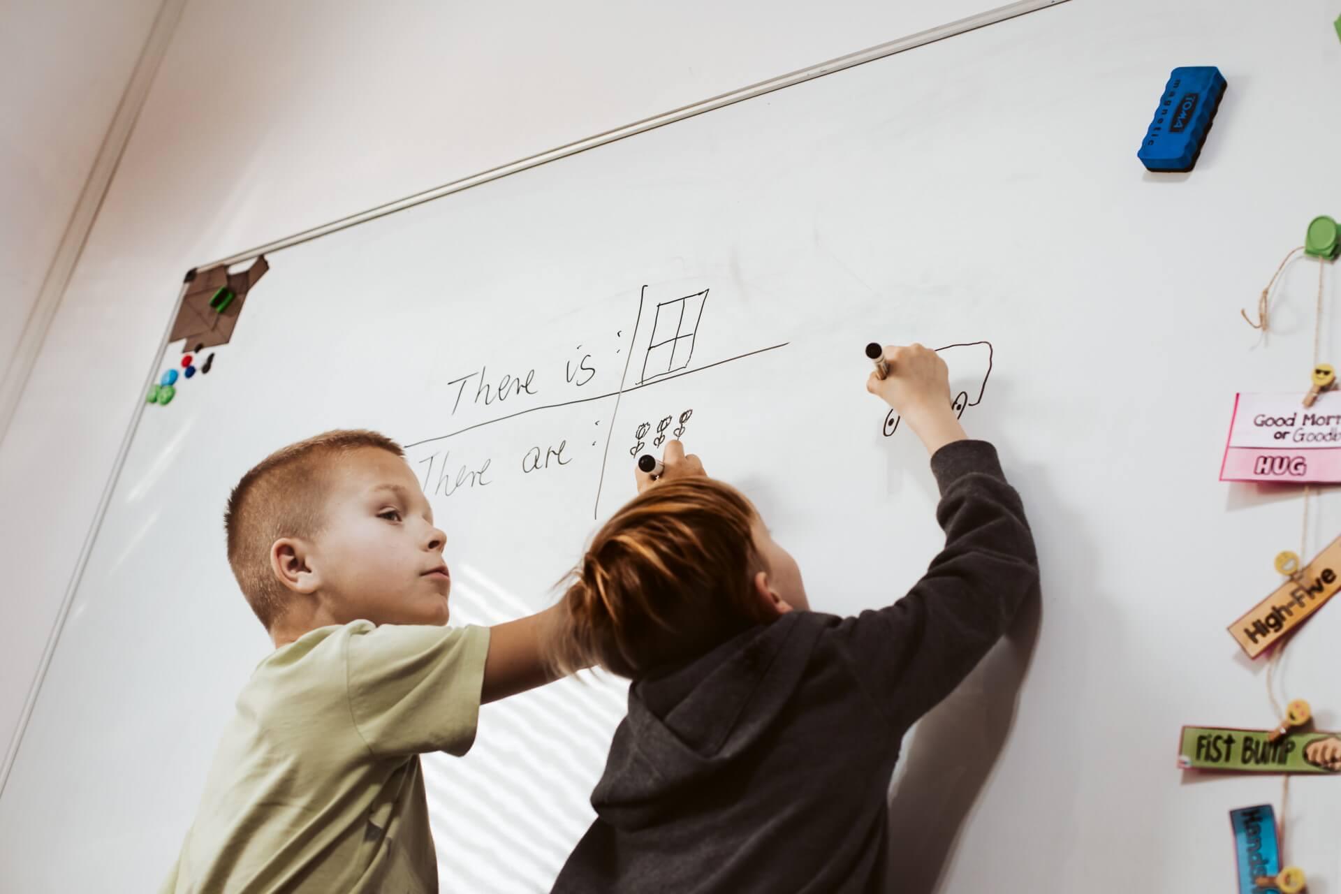 Dzieci uczą się angielskiego w Sochaczewie