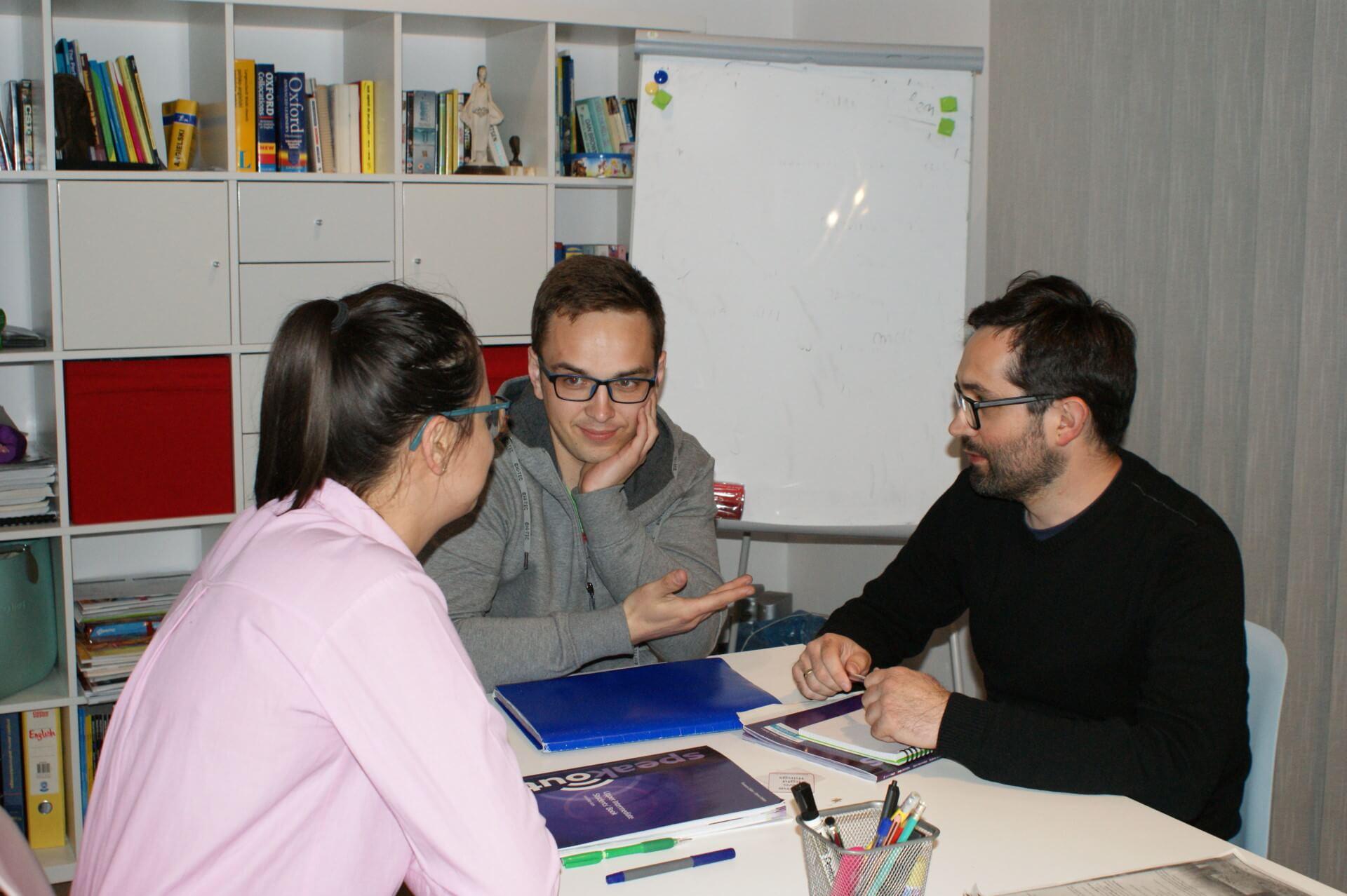 dorośli uczą się angielskiego w Sochaczewie