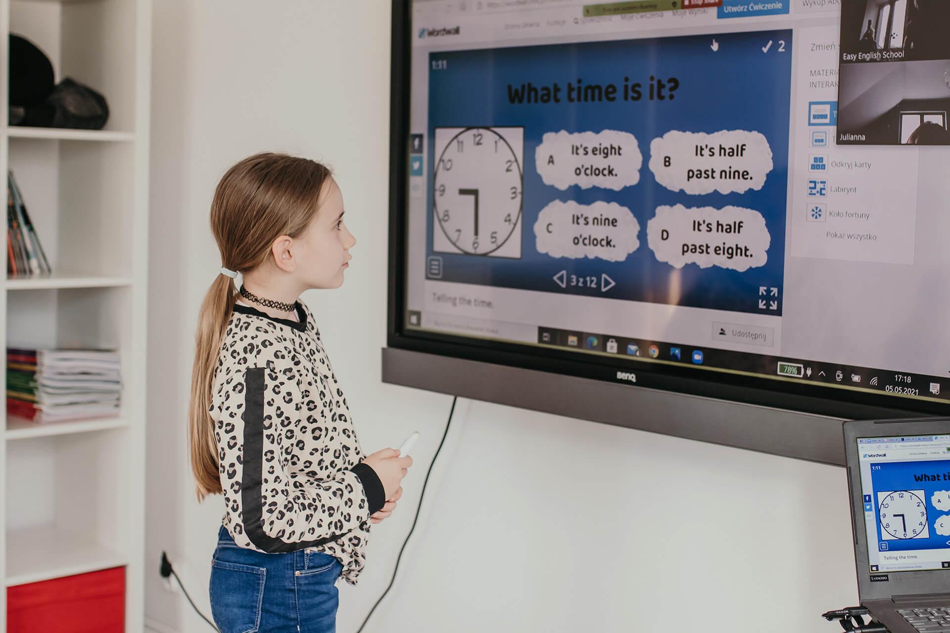 multimedialne zajecia dla dzieci